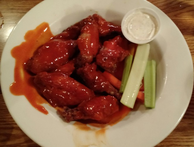 Hot Wings at The Towne Tavern